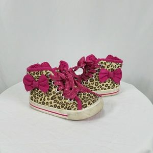 Oshkosh pink & leopard shoes kid toddler size 5